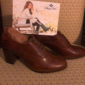 Patricia Nash Oxfords to complement your attire